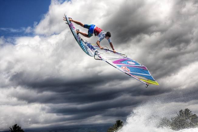 Oxbow Ride The Sky - Victor Fernandez