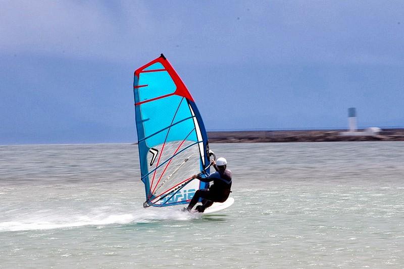 Le windsurf audois en danger