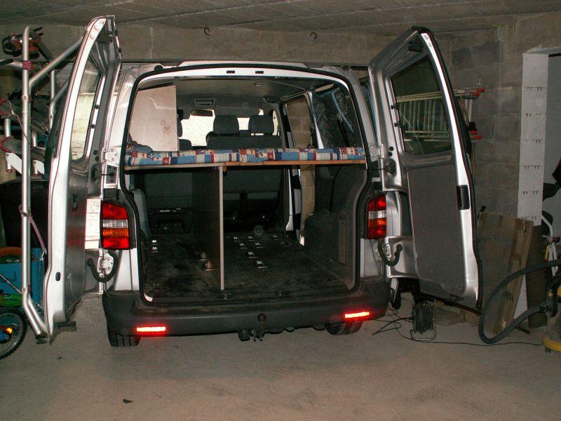 vend autre champagne ardenne volkswagen transporter t5 combi 1 9 tdi 105ch avec am nagement. Black Bedroom Furniture Sets. Home Design Ideas