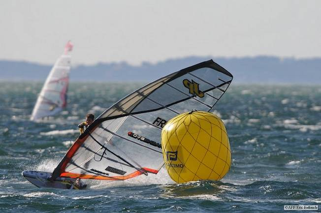 Le jibe slalom avec FRA-531