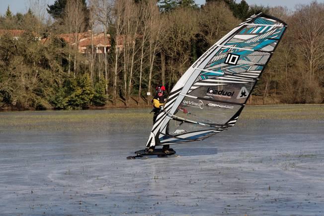 Du windsurf sur glace à Nantes !