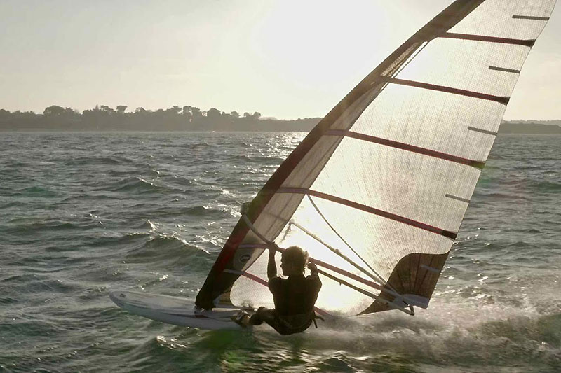 Alexandre Cousin chez Phantom Windsurfing