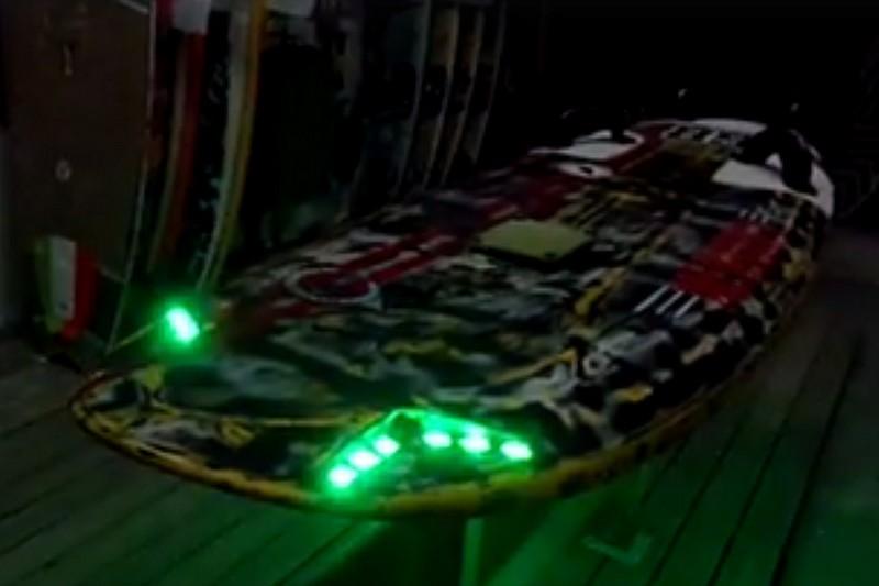 Matos : Une planche équipée de LED !