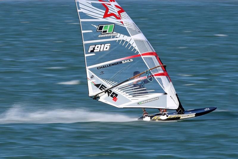 Transfert : Pascal Toselli chez Challenger Sails !