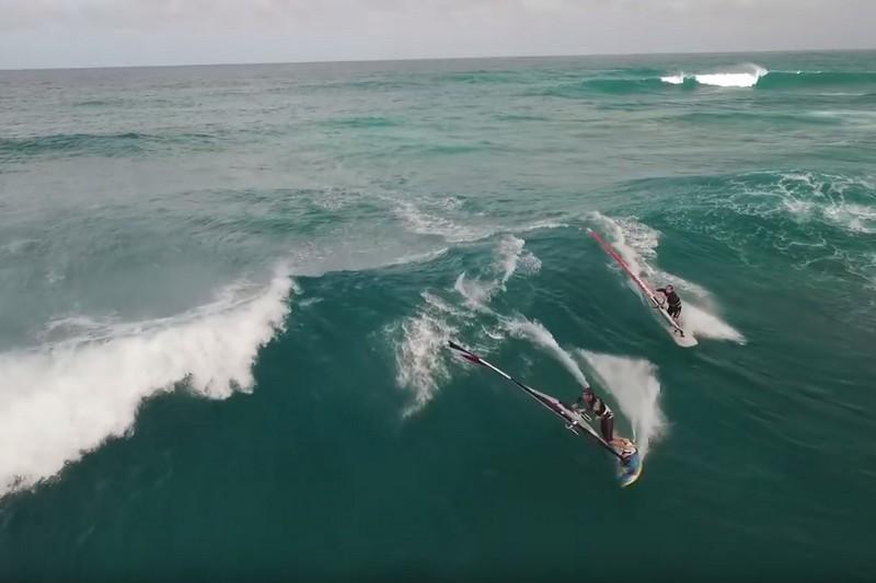 Vidéo : La Guadeloupe en vagues vue du ciel