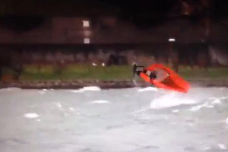 Vidéo : Un double radical !