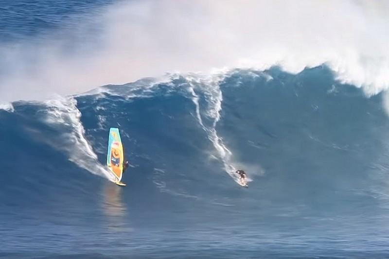 Vidéo : Quand Jason Polakow taxe à Jaws