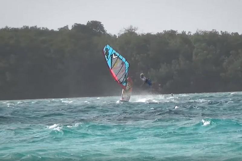 Vidéo : Kuma Crash 2015 Bonaire