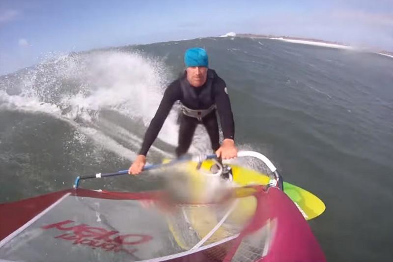 Vidéo : Guinness vs windsurf