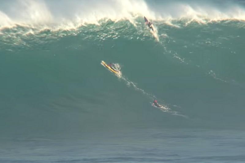 Vidéo : Peahi Challenge, les chutes