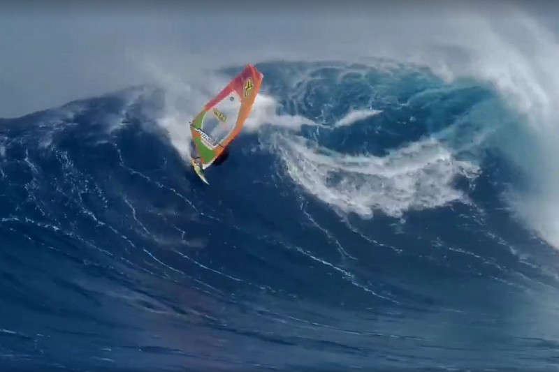 Vidéo : Grosse chute pour Robby Swift