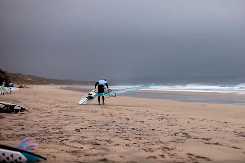 Vidéo : Windsurfing in Cornwall