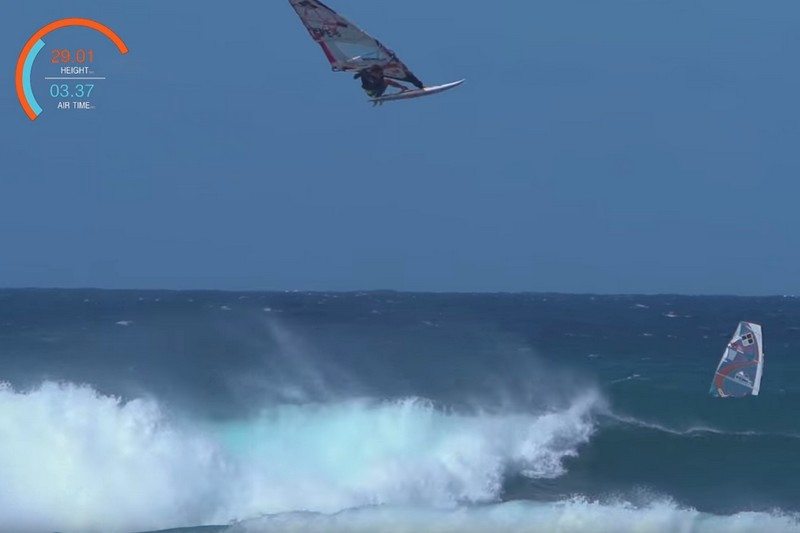 Vidéo : Xensr Air Windsurfing Jump Off