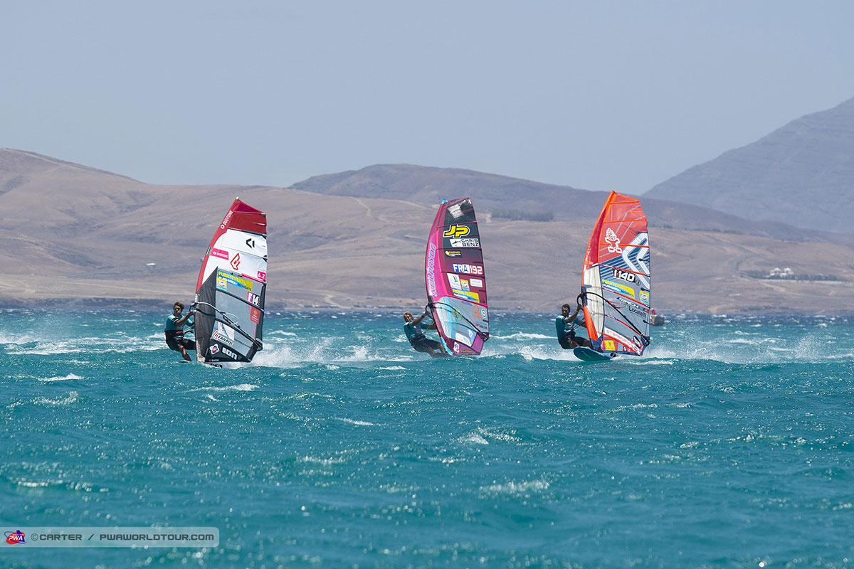 Un grand moment de windsurf
