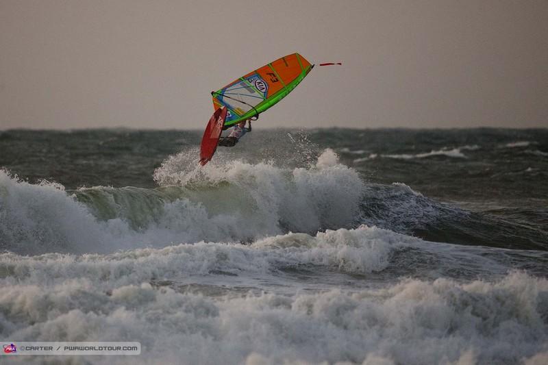 Les surfs magiques de Thomas Traversa