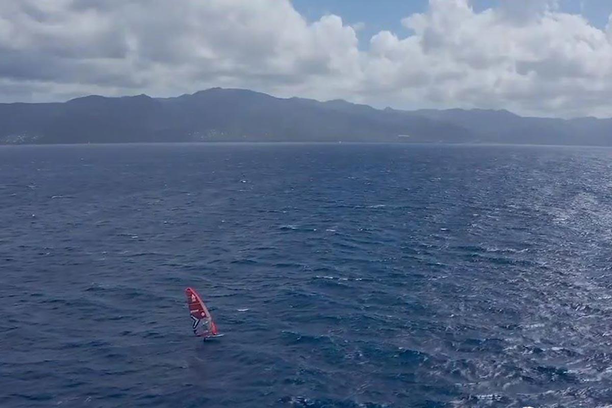 Le tour de la Guadeloupe en foil