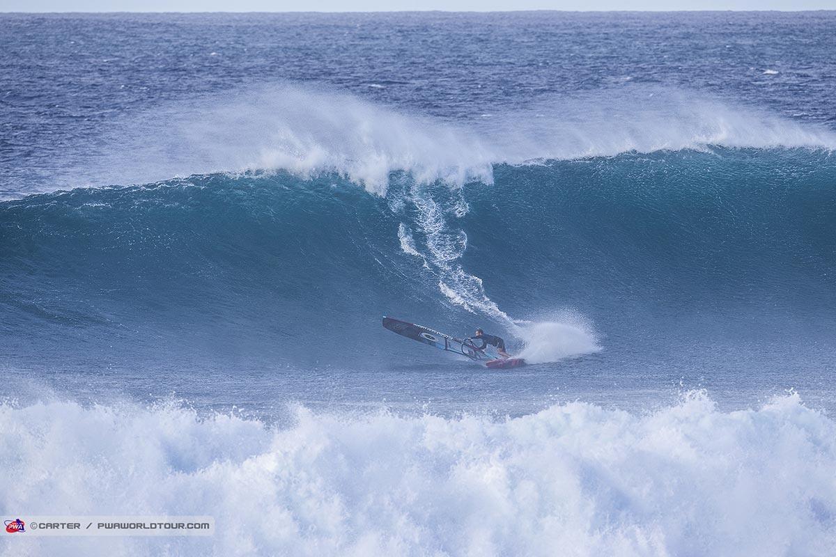 La Mercedes-Benz Aloha Classic par Alex Aguera