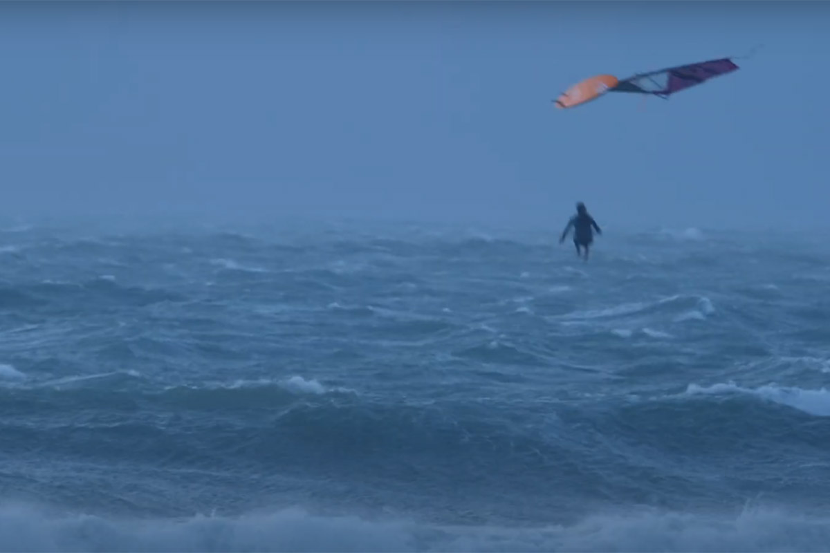 Arthur Arutkin affronte la tempête Francis !