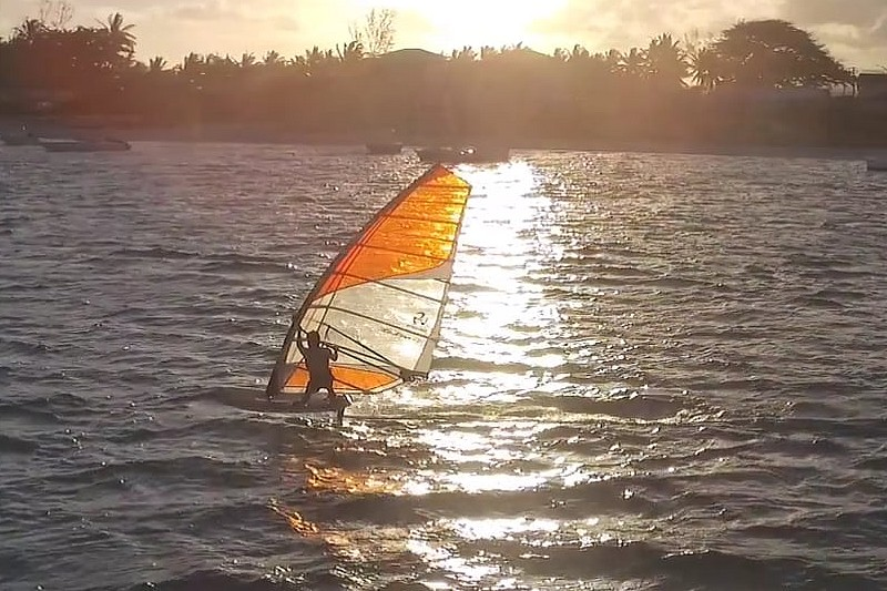 Windfoil in Mauritius