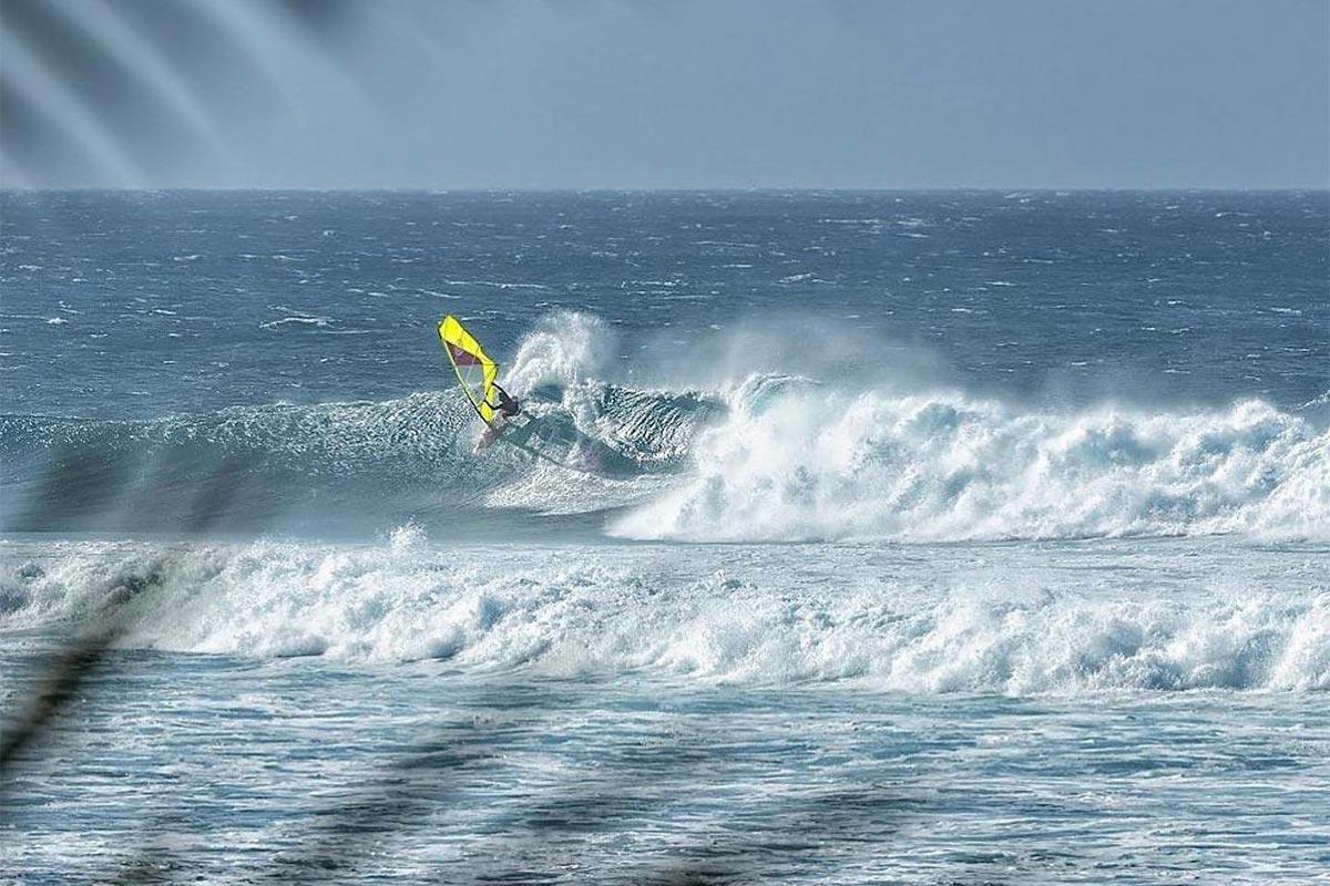 Le team Goya Windsurfing en action à Maui