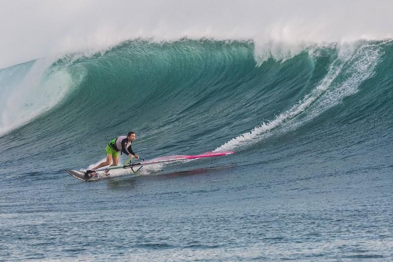 Jason Polakow en Indonésie