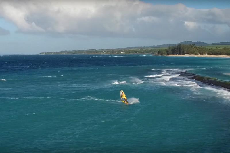 Zane Schweitzer et Kai Lenny à Maui