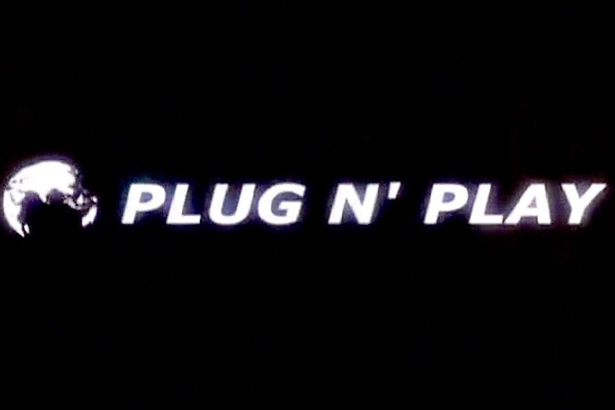 Plug N' Play - 2002
