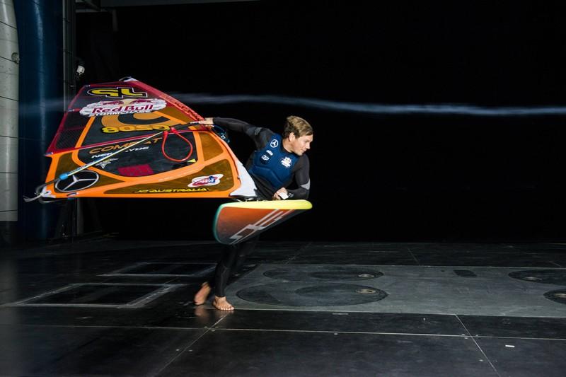 Leon Jamaer dans le Wind Tunnel de Mercedes !
