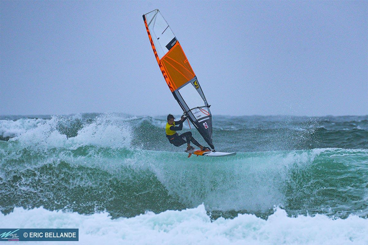 Baptiste Cloarec en impose sur les Wave Games