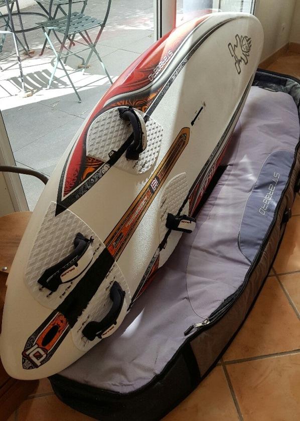 vend bagagerie pays de la loire travel bag starboard je vends aussi le flotteur autre annonce. Black Bedroom Furniture Sets. Home Design Ideas